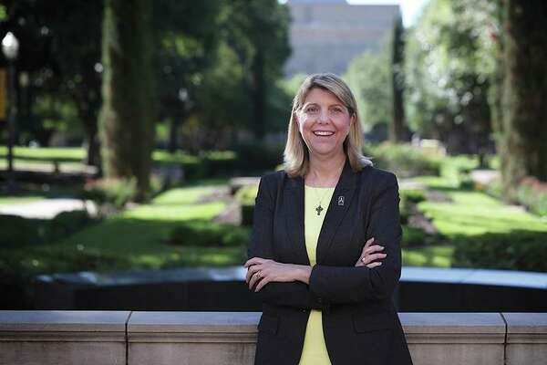 Linda Livingstone, the first female president in the 172-year history of Baylor University, was hired as Baylor's 15th president in 2017 under a three-year contract. The university announced Monday, Oct. 7, 2019, that her contract had been extended for five years through May 31, 2024 with the option for two automatic one-year extensions. Baylor is the world's largest Baptist university.
