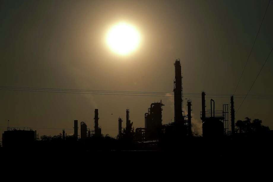 A view of the Pemex's Tula refinery. Photo: Hector Vivas, Stringer / Getty Images / 2019 Getty Images