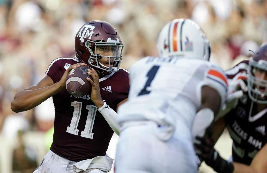 Texas A&M Aggies quarterback Kellen Mond (11) looks for an open receiver against the Auburn Tigers during the third quarter of an SEC game at Kyle Field Saturday, Sept. 21, 2019, in College Station, TX. The Tigers won 28-20. Photo: Godofredo A. Vásquez, Houston Chronicle / Staff Photographer / © 2019 Houston Chronicle