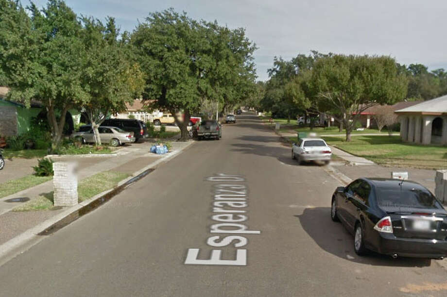 Authorities said they found 14 immigrants who had crossed the border illegally inside a home in the 300 block of Esperanza Drive. Photo: Google Maps/Street View