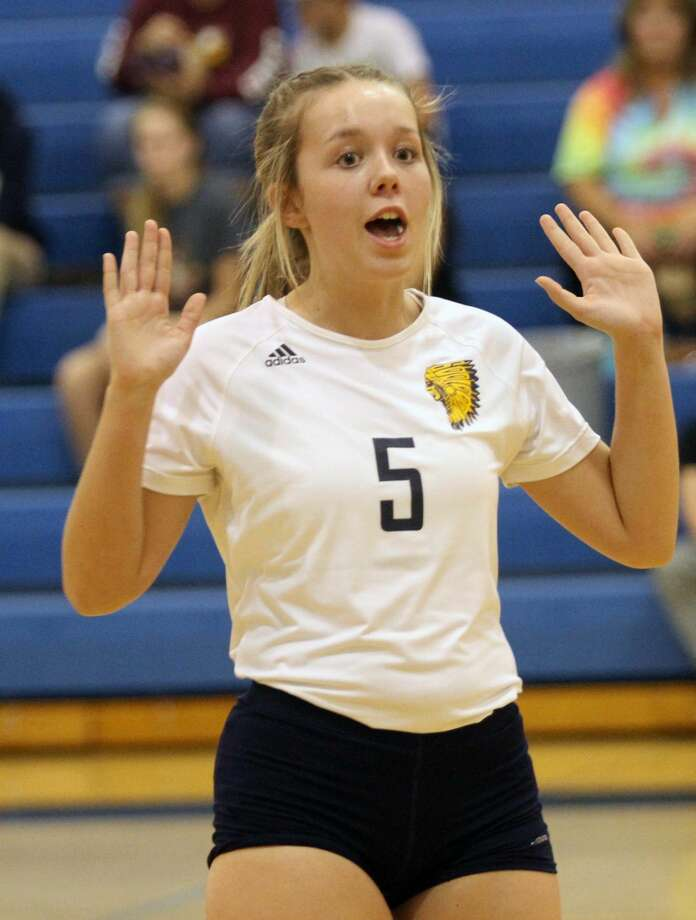 The Deckerville Eagles edged the North Huron Warriors in three sets on Thursday, Oct. 10. Photo: Eric Rutter / Huron Daily Tribune