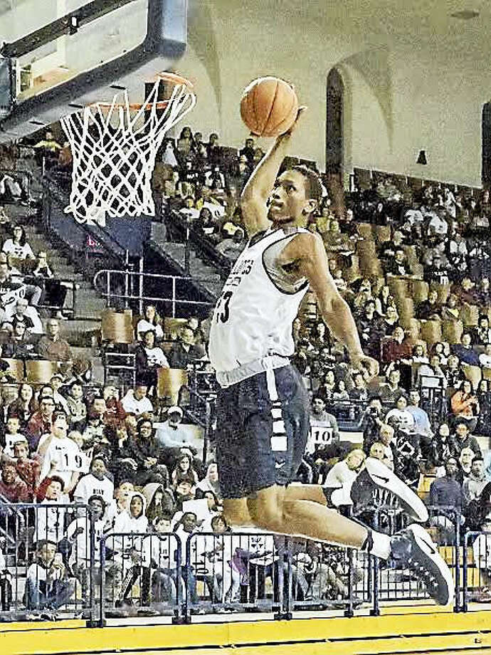 Jordan Bruner, who wowed the crowd at the dunk contest at Yale's Blue Madness event on Saturday, is one of the most highly-touted incoming freshmen in program history.