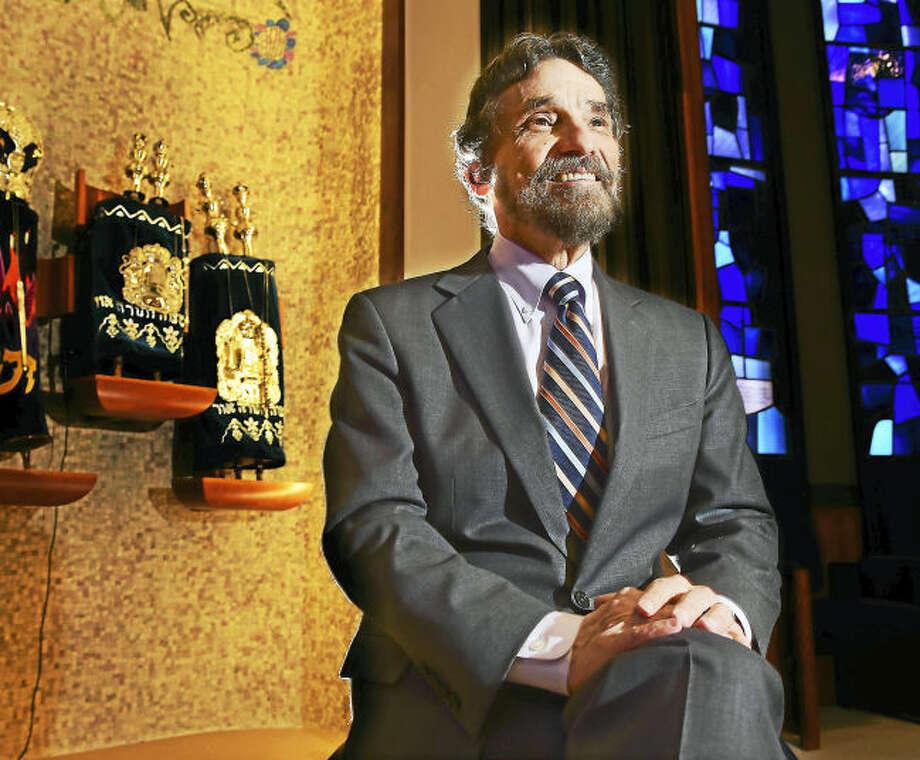 Rabbi Herbert Brockman announces his retirement from Congregation Mishkan Israel in Hamden.