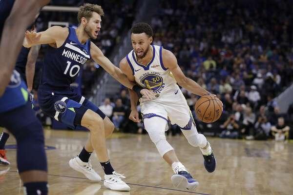 Stephen Curry's 40-point night powers Warriors to preseason win over Minnesota