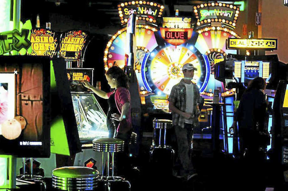 dave and busters (3)