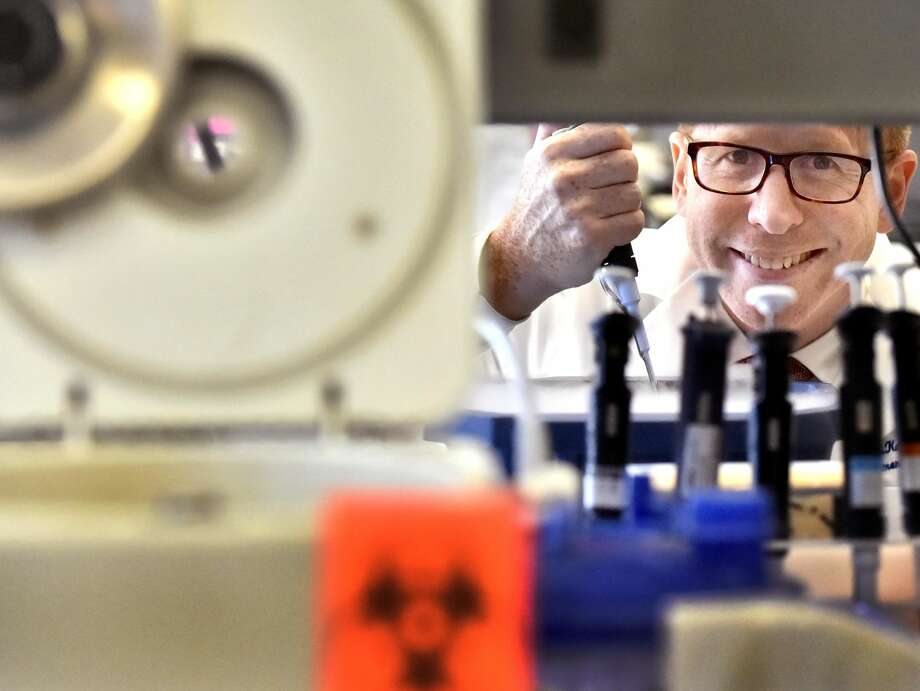 Dr. Samuel G. Katz, assistant professor of pathology at the Yale School of Medicine, edits individual genes to cill cancer. He is supported by the Alliance for Cancer Gene Therapy.