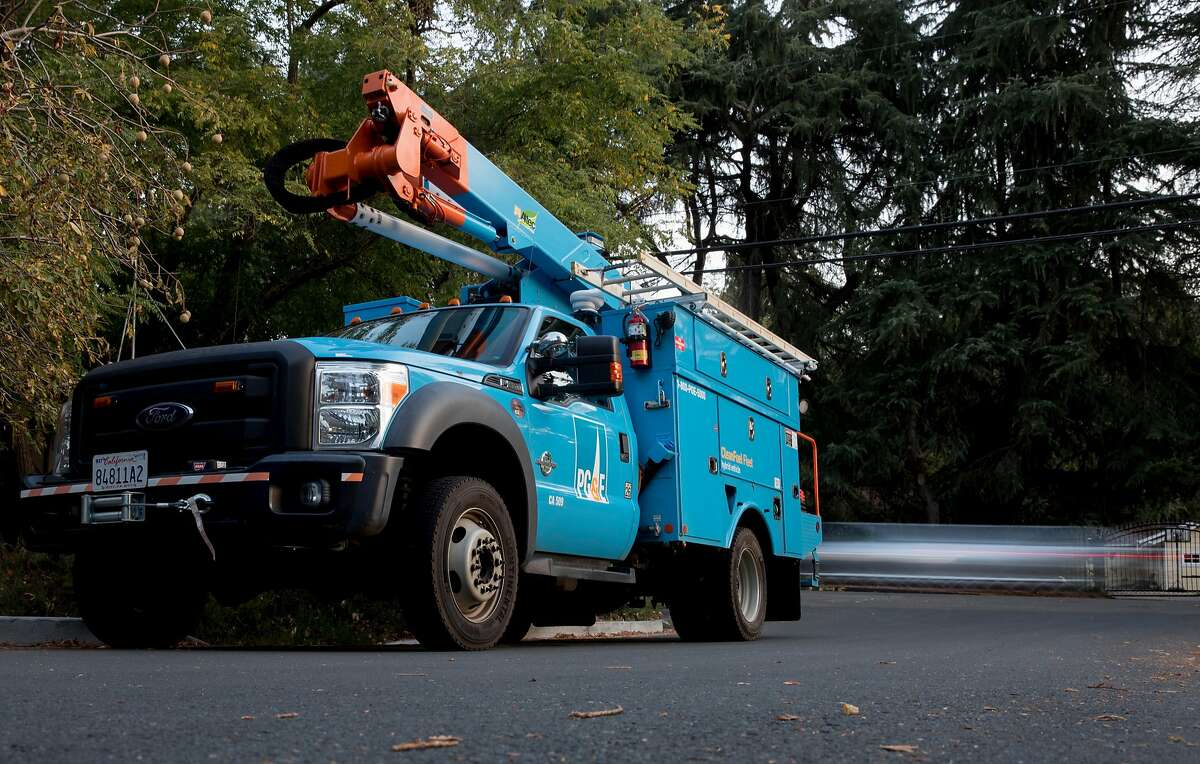 PG&E crews work to observe miles of power lines for damage along Happy Valley Road in Lafayette, Calif. Friday, Oct. 11, 2019 following a PG&E Public Safety Power Shutoffs across Northern California.