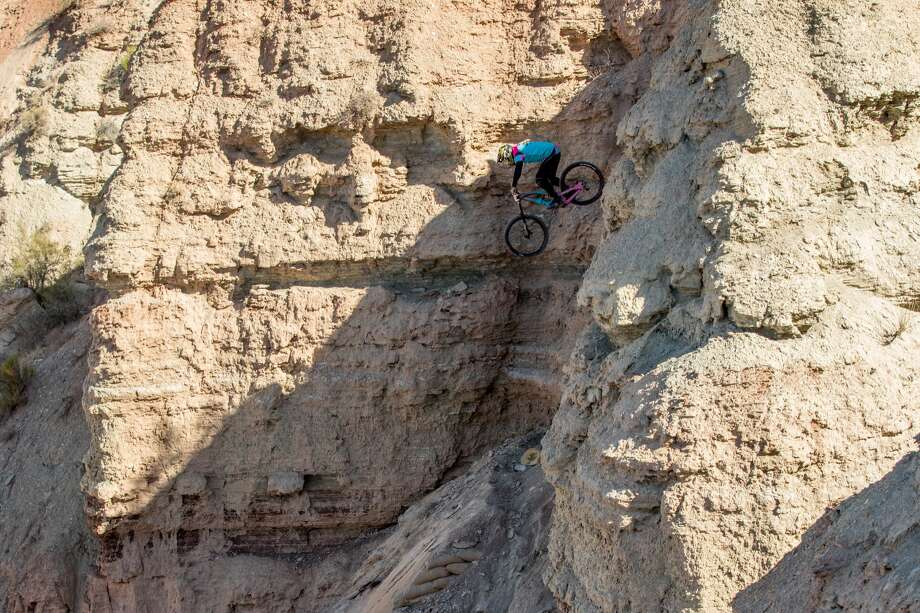 Jordie Lunn of Canada competes during the finals at the Red Bull Rampage, an invitational- only competition and the pivotal free-ride mountain bike event in the world  on October 26, 2018, in Virgin, Utah. Lunn died Wednesday in a crash in Cabo San Lucas, Mexico. Photo: Daniel Milchev/Getty Images / www.danielmilchev.com