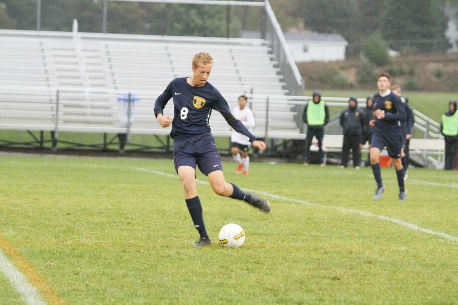 Manistee's Grant Schlaff paced the Chippewas with three goals during their district quarterfinal win over Hart on Friday. Photo: Dylan Savela/News Advocate