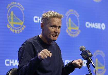 Steve Kerr shakes off questions about Donald Trump's latest jab