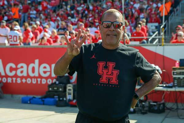Houston Cougars Men's basketball head coach Kelvin Sampson is on the sidelines during the college football game between the Cincinnati Bearcats and Houston Cougars at TDECU Stadium, October 12, 2019 in Houston, TX.