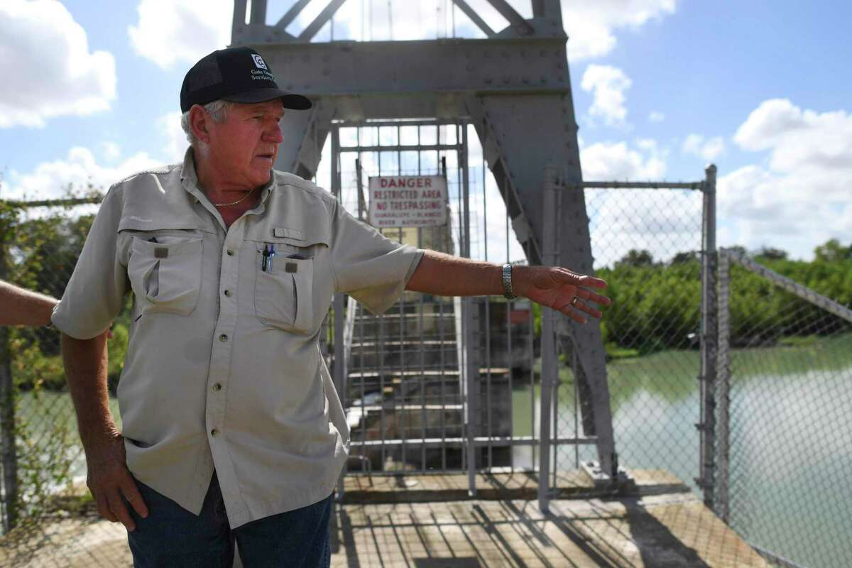 Three years after a spill gate on the Lake Wood dam collapsed in 2016, draining the lake, Joe Solansky, head of the Lake Wood Association, describes the conditions there now.