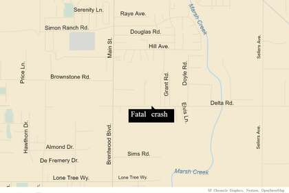 1 dead, 1 airlifted to hospital after late-night crash in Oakley