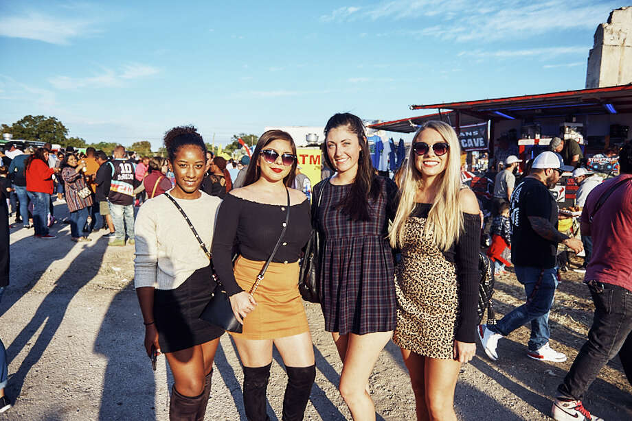 San Antonians attended Taco Truck Throwdown at Essex Modern City on Saturday, October 12, 2019. Photo: Chavis Barron