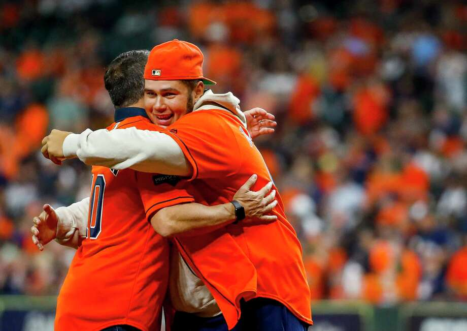 PHOTOS: More from the pregame ceremonies before Game 2