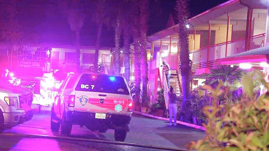 SAFD is investigating a possible arson incident at a Northeast Side motel. Photo: Ken Branca
