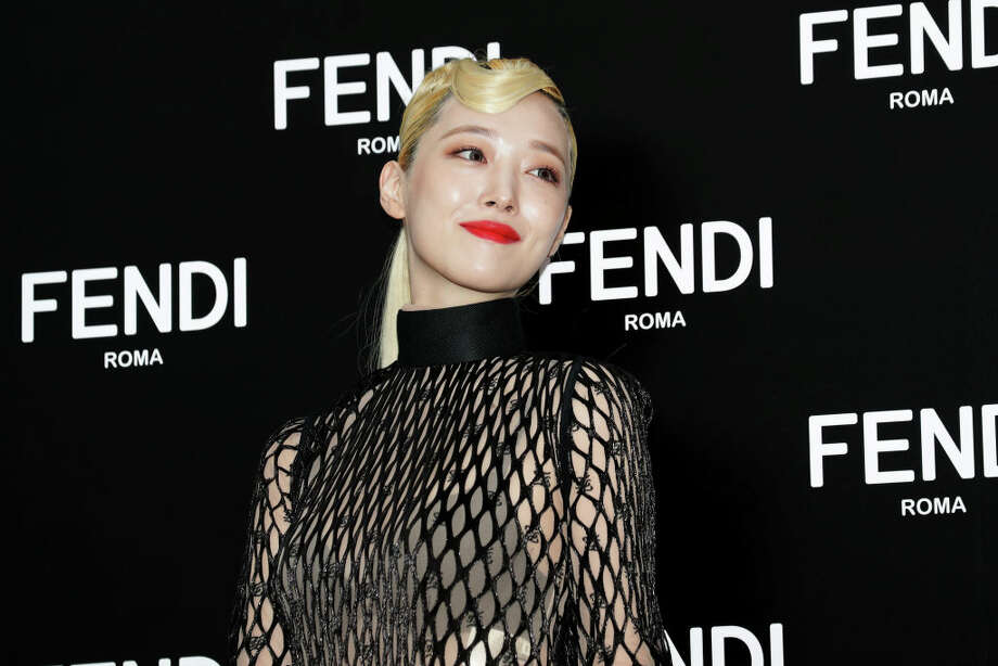 Former member of South Korean girl group f(x), Sulli, attends the photocall for FENDI on September 03, 2019 in Seoul, South Korea. Photo: Han Myung-Gu/WireImage / 2019 Han Myung-Gu