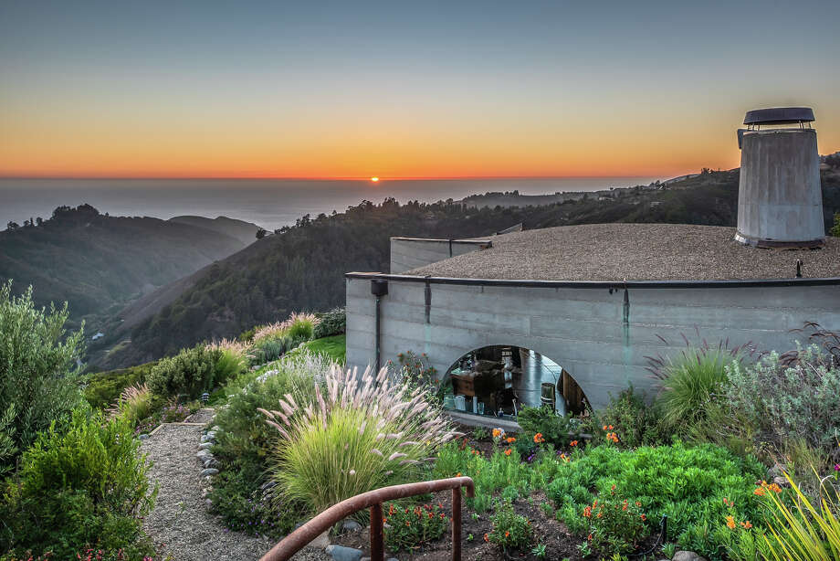 Designed by a renowned architect, this Big Sur $4.9M home is one-of-a-kind. Photo: Ron Bird Photography