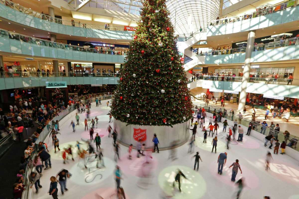People skating around the ice rink at Galleria Dallas in Dallas in Nov., 2018. Shoppers plan to spend $667 on holiday purchases, more than the national average of $637. (Nathan Hunsinger/The Dallas Morning News)