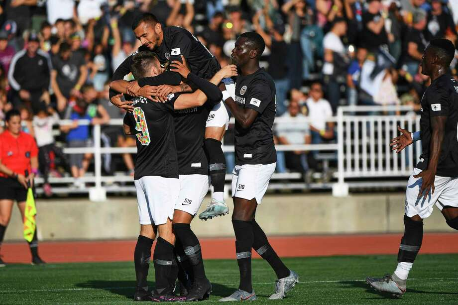 Players celebrate Oakland Roots first goal against  CA Zacatepec. (Photos: Marcus Edwards) Photo: MARCUS EDWARDS 610-766-8688 / MARCUS EDWARDS    510-766-8688