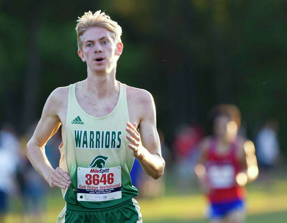 Ben Shearer of The Woodlands Christian Academy won the TAPPS District 4-4A individual title on Saturday. Photo: Jason Fochtman, Houston Chronicle / Staff Photographer / Houston Chronicle