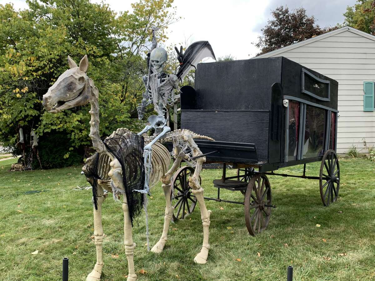 Halloween decorations from around Midland.