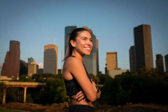 Houston runner Starla Garcia ran for the University of Houston from 2008-2013 and is currently training for the Houston Marathon and hoping to qualify for the Olympic Trials.