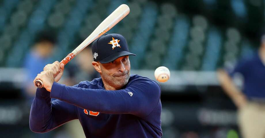 HOUSTON, TEXAS - OCTOBER 12:  Joe Espada #19 of the Houston Astros hits ground balls during batting practice prior to game one of the American League Championship Series against the New York Yankees at Minute Maid Park on October 12, 2019 in Houston, Texas. (Photo by Bob Levey/Getty Images) Photo: Bob Levey/Getty Images