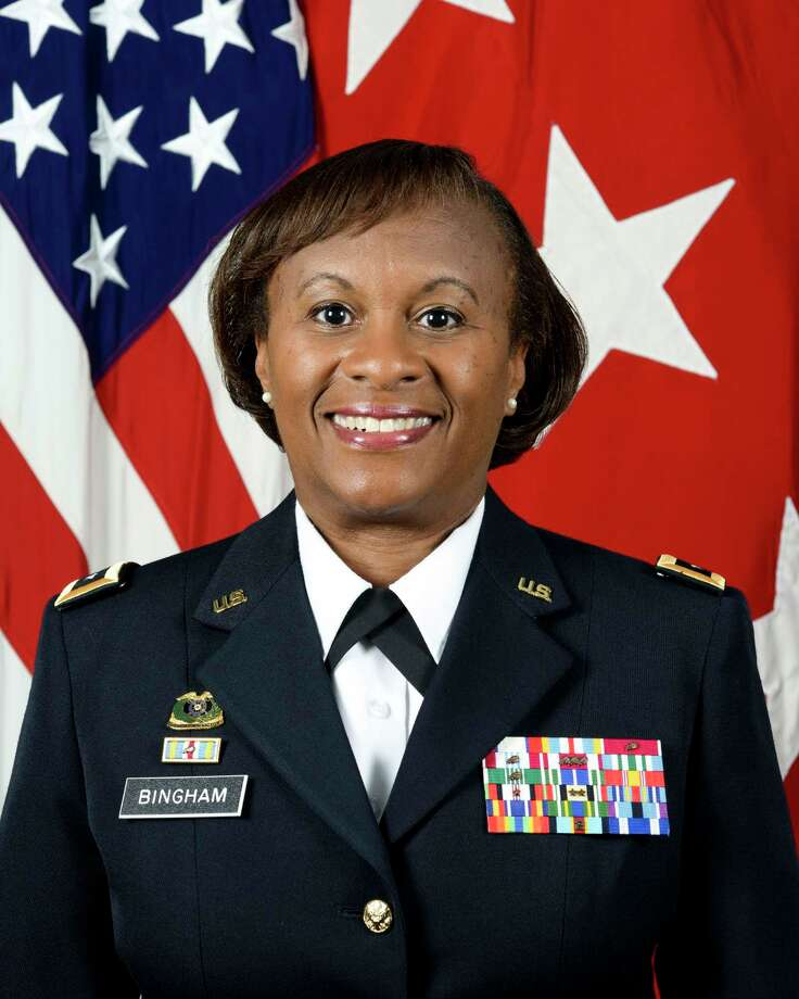 U.S. Army Lt. Gen. Gwen Bingham, Army assistant chief of staff for Installation Management at the Pentagon,will be the keynote speaker at the October 15, 2018 Spindtop Awards. Photo: Provided By Greater Beaumont Chamber Of Commerce, Portrait Photographer / 160701-A-UG256-001 / Digital