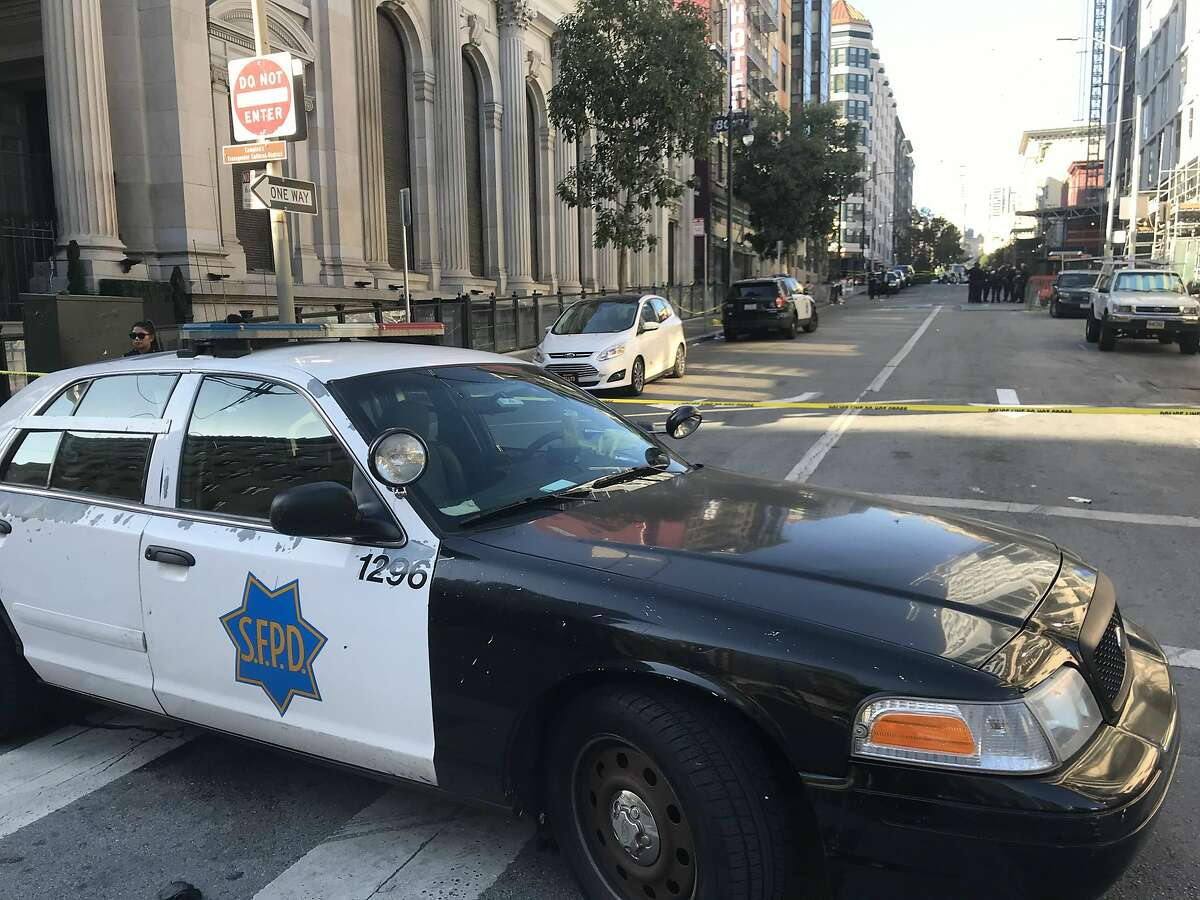 A man was shot dead in San Francisco's Tenderloin on Monday afternoon, police said.