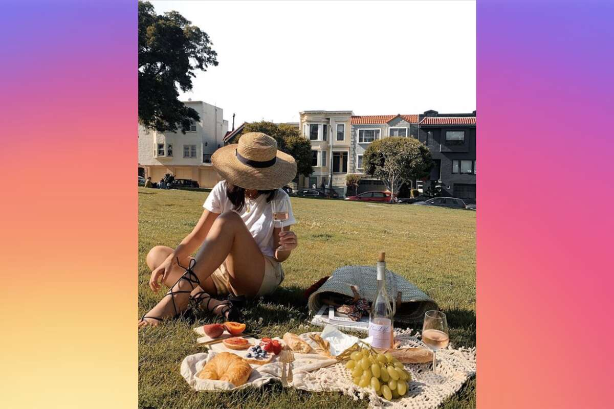 How An Sf Insurance Broker Doubles Her Income By Taking Instagram Selfies The last book on the left signed edition. sf insurance broker doubles her income