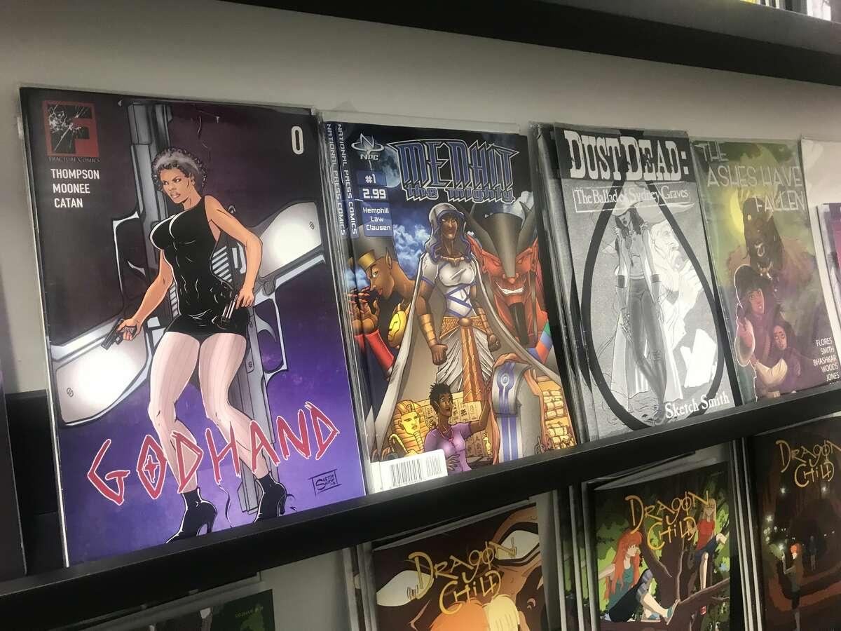 Some of the comics at Hella Novella.