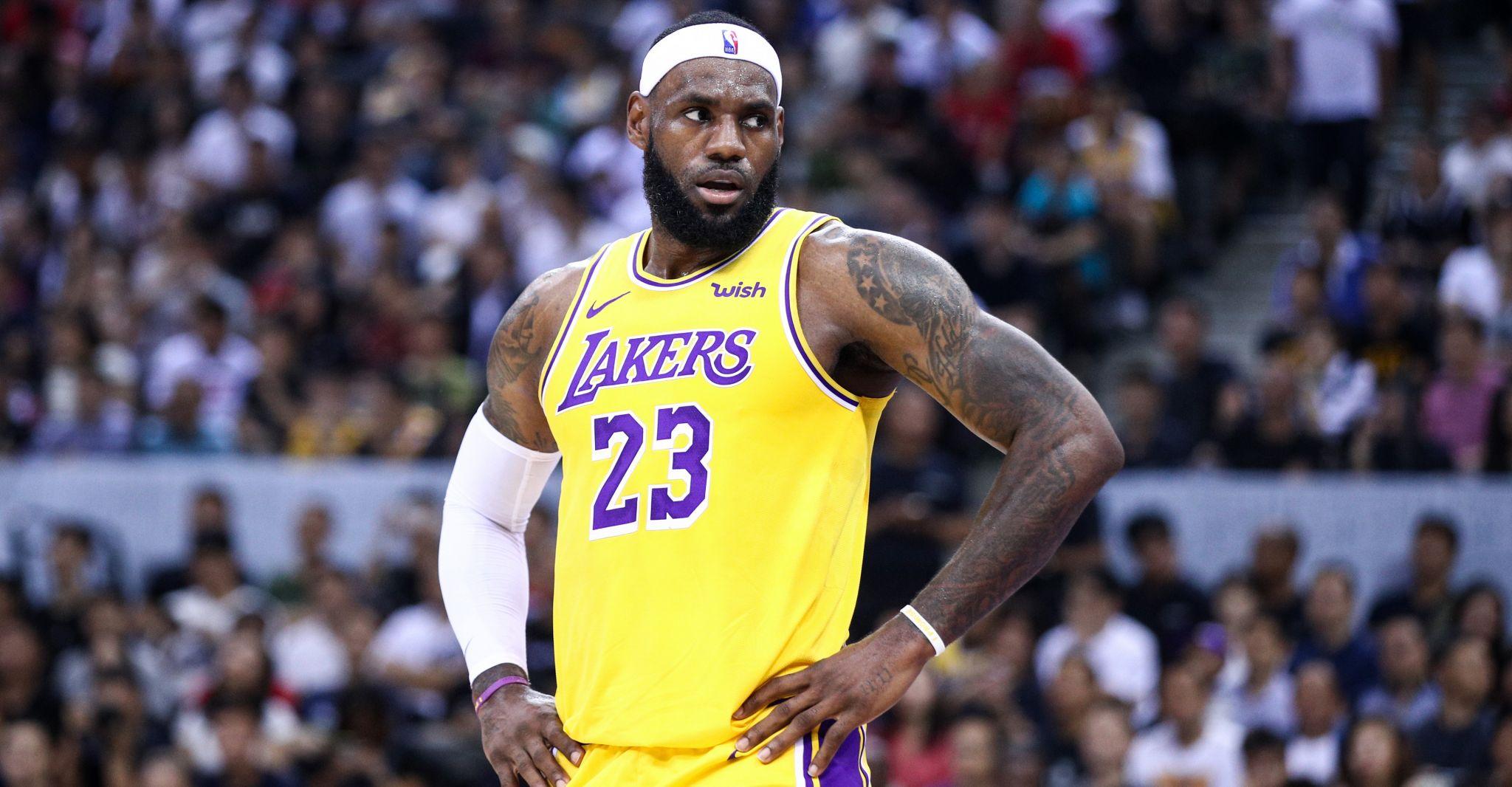 LeBron James: Rockets GM Daryl Morey 'wasn't educated' on China tweet