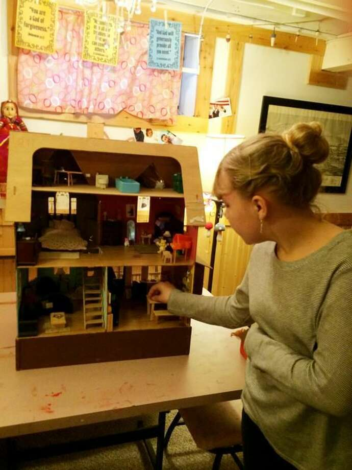 Photo by Lynn Fredricksen Fable Rodgers, 12, is a self-taught doll house hobbyist who has spent countless hours crafting every detail in miniature.