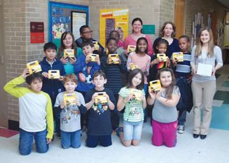 Submitted Photo Pictured is Dunbar Hill School's 4th grade class along with their Teacher Mrs. Castelot on the right, Principal Erin Bailey directly behind the students and parent coordinator, Jennifer Ciarleglio.