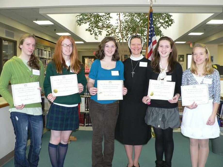 Submitted Photo Left to right, Helen Park of Hamden, Madeleine Donohue of Hamden, Deirdre Hughes of Fairfield, Olivia Kelly of Huntington and Madeline Ross of Shelton, were named Sacred Heart Academy Class of 2014 Sister Antonine Signorelli Scholars.