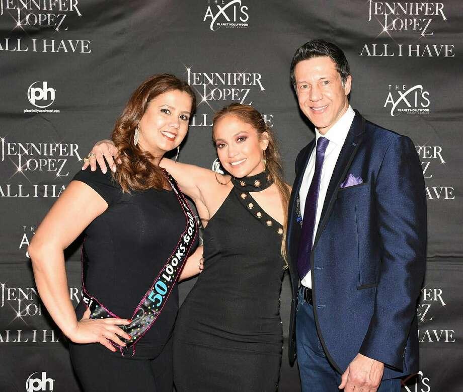 Anna and Roberto Alfaro with Jennifer Lopez in Las Vegas.
