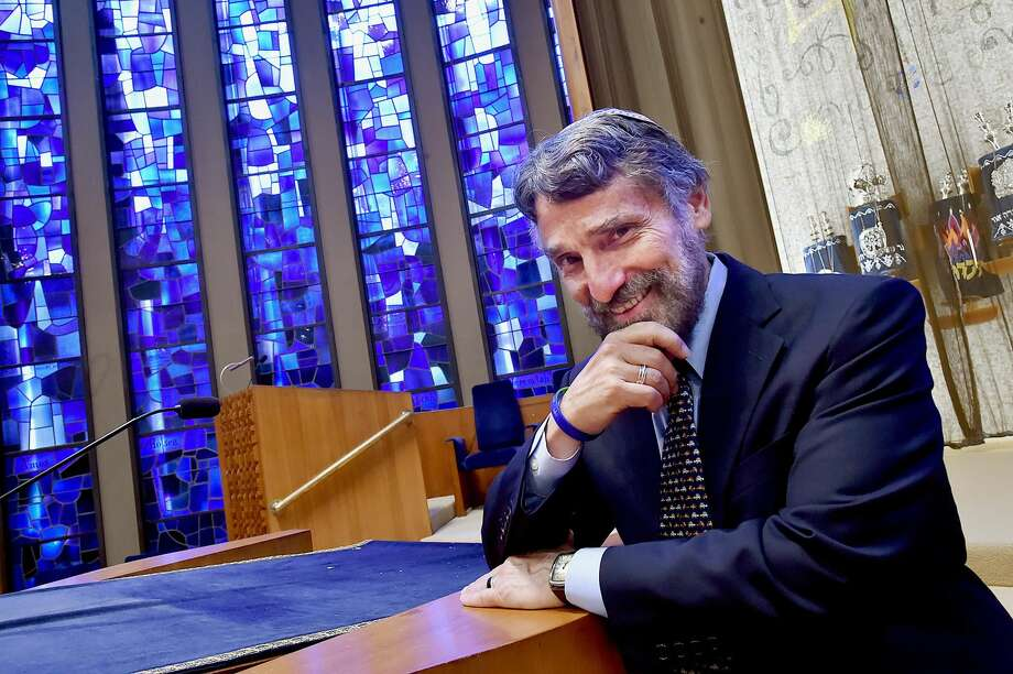 Rabbi Herbert N. Brockman, a leader in the Greater New Haven faith community for 32 years, is retiring at Congregation Mishkan Israel in Hamden and members of the synogue honored Rabbi Brockman with a retirement celebration, Saturday, June 9.