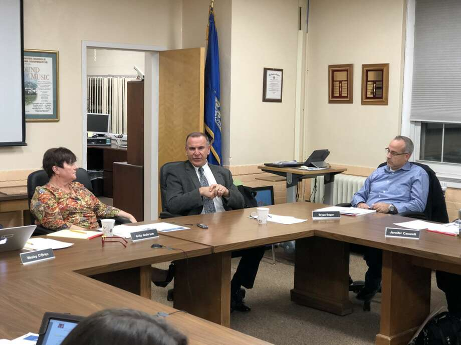 Joseph Erardi of JE Consulting presented an update on the search for a new Superintendent to the North Haven Board of Education.