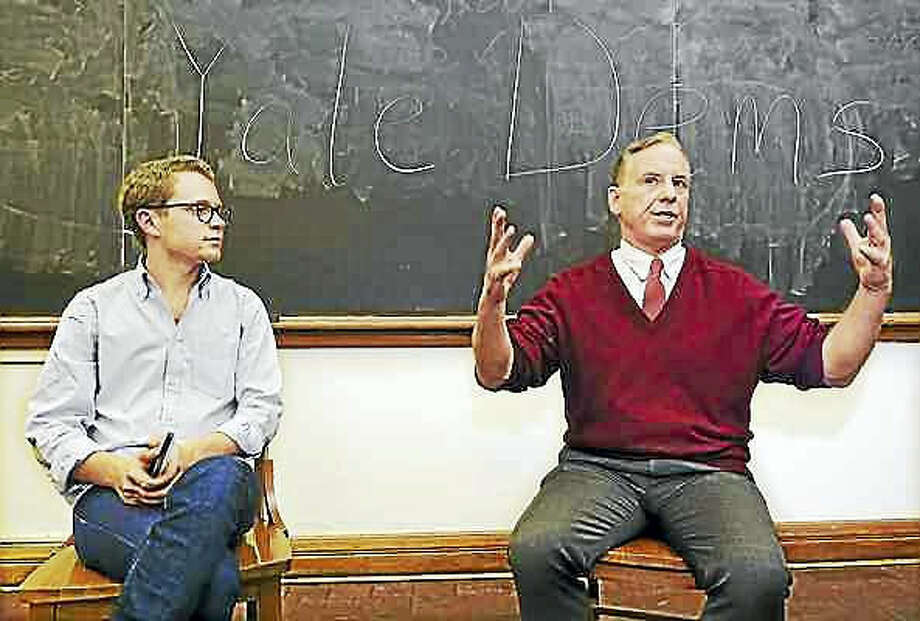 Catherine Avalone — New Haven Register Yale junior Josh Hochman, left, president of the Yale College Democrats, interviews former Vermont Gov. Howard Dean Wednesday during a meeting with the Yale College Democrats at Yale University's William L. Harnkess Hall in New Haven.