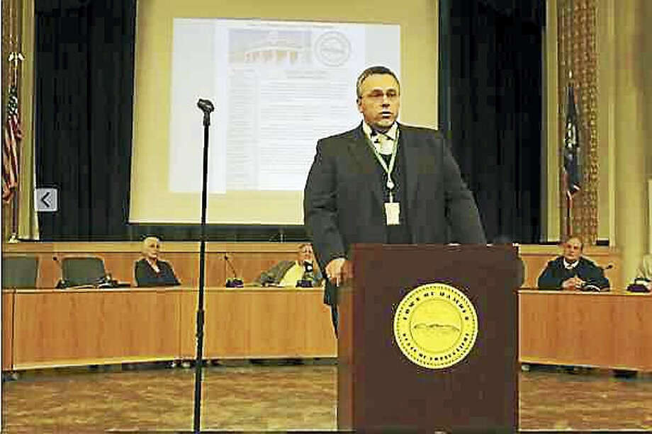 Kate Ramunni - New Haven Register Hamden Mayor Curt Leng delivers the State of the Town address Wednesday, March 8, 2017.