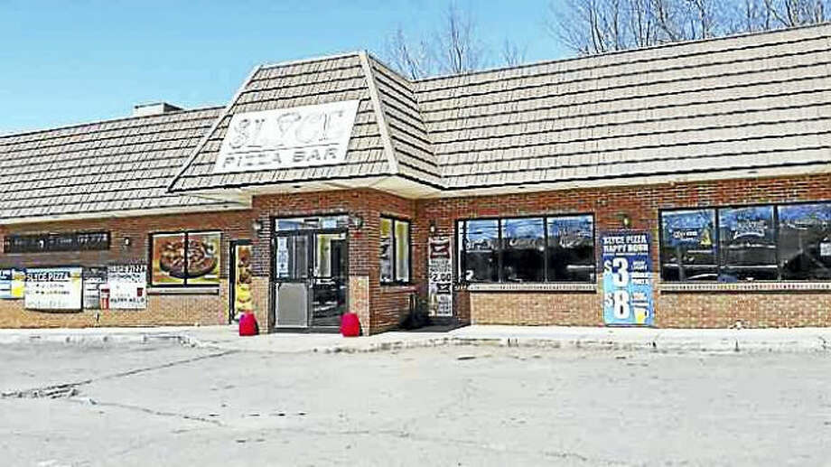 Kate Ramunni — New Haven Register file photo. Slyce Pizza Bar on Arch Street in Hamden.