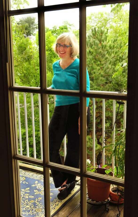Sharon Wise of North Haven is leaving her life in New Haven to teach in rural Arkansas. Melanie Stengel/Register