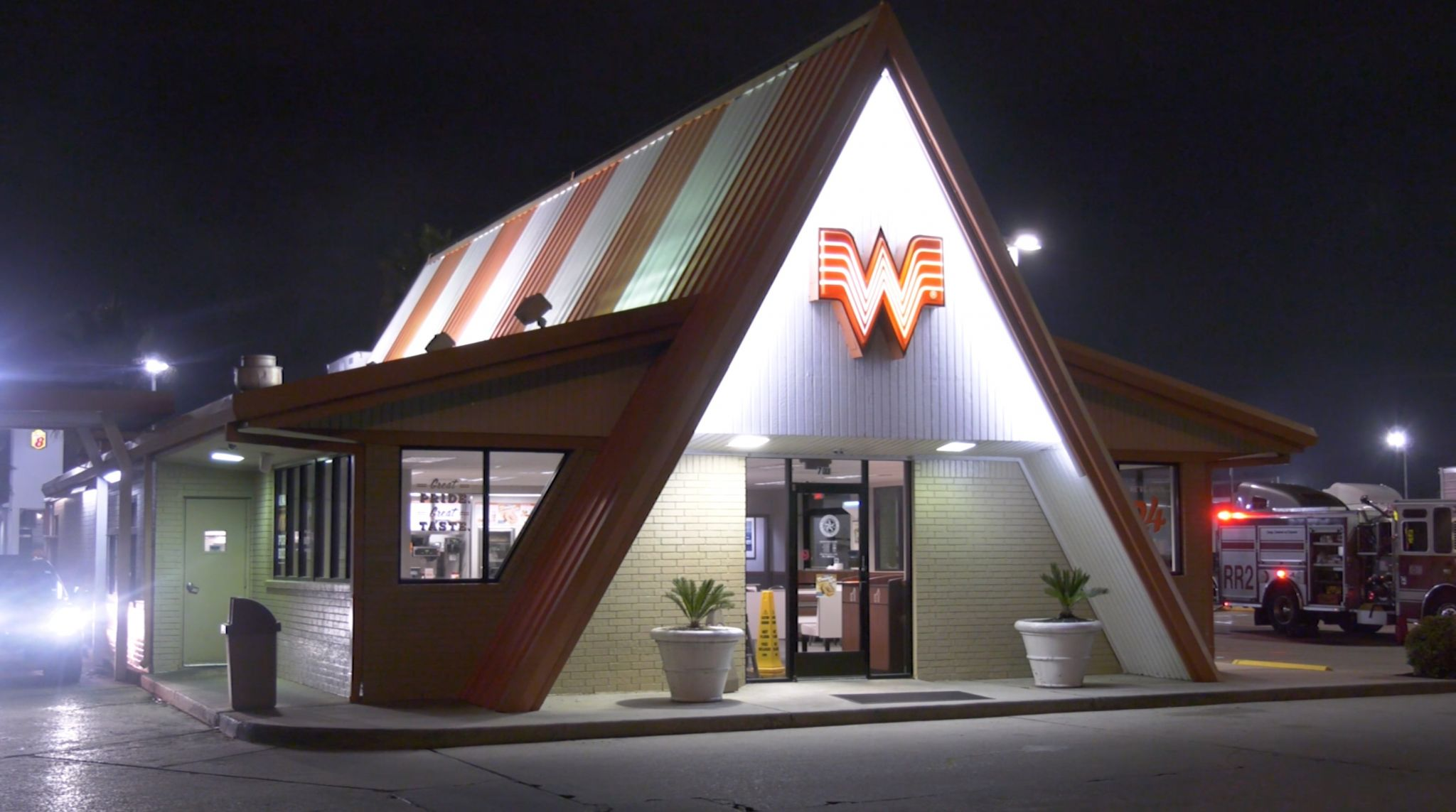Houston man walks himself to Whataburger after being shot, police say