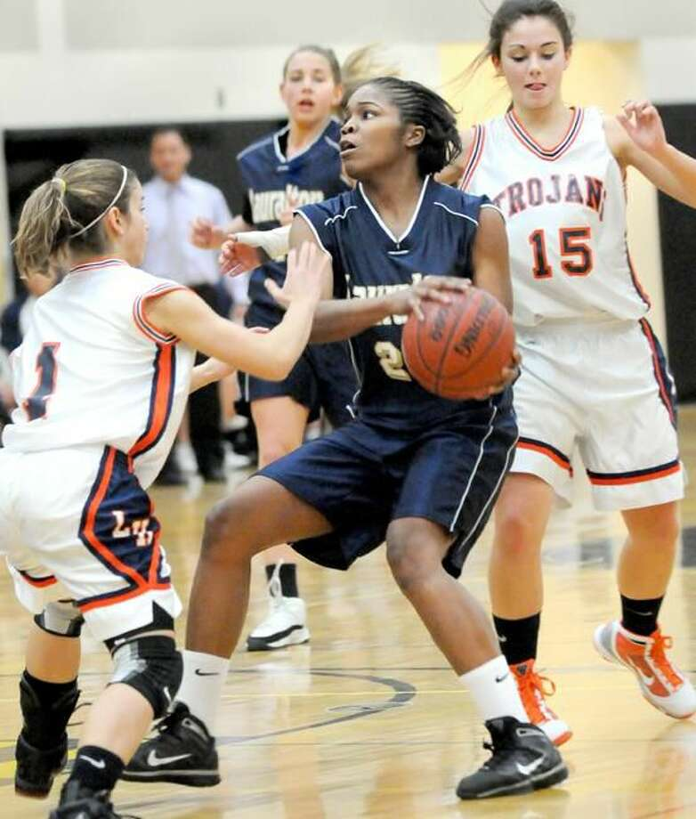 Lauralton Hall's Keylantra Langley eyes the basket against Lyman Hall. (Photo by Melanie Stengel/ New Haven Register)