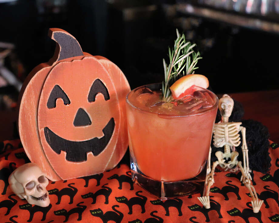 Frank's Americana Revival, 3736 Westheimer, is getting into the Halloween spirit with a cocktail called The Whiskey Jack, made with Redbreast Single Pot Still Irish Whiskey and a rosemary simple syrup, available through October. Photo: Courtesy Photo