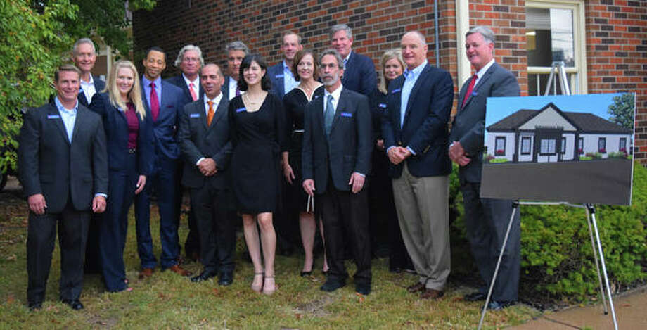 Edwardsville Bank employees. Photo: Tyler Pletsch | The Intelligencer
