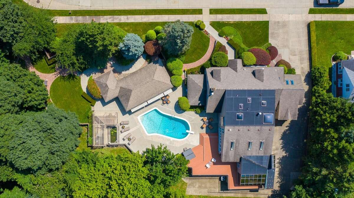 $574,900. 33 Centerview Drive, Troy, 12180. View listing