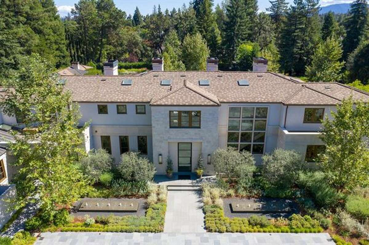 Built in 2013, this Atherton estate at267 Camino Al Lago features a main five-bedroom, six-bathroom home and a two-bedroom, two bathroom guest house on nearly two acres.