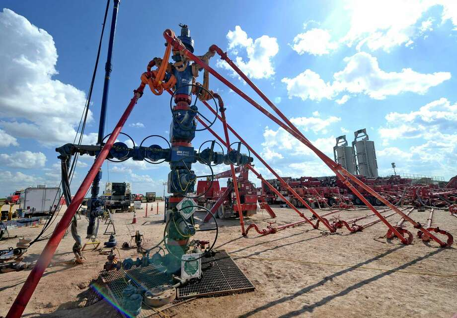 A wellhead on a fracking site managed by Octane Energy on Friday, Sept. 23, 2016 near Stanton. James Durbin/Reporter-Telegram Photo: James Durbin / James Durbin / © 2016 Midland Reporter Telegram. All Rights Reserved.